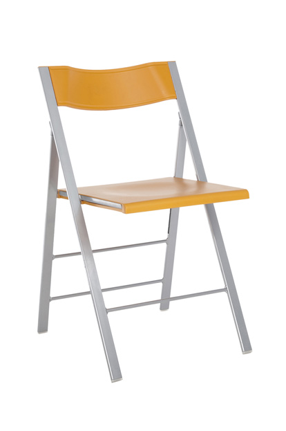 pocket 1 klapstoel oranje kunststof rug en zit andere kleuren op aanvraag stalen frame glad of mat optioneel blank beuken rug en zit bijbehorend ophangbeugel leverbaar